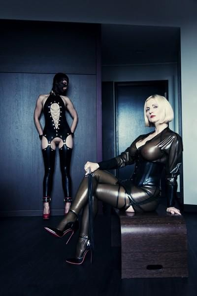 Bizarrlady Anda ... explosive mixture of classic dominatrix and wicked-sensual playmate!