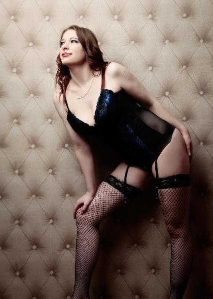 Escort girl for sex house hotel truck work office visits